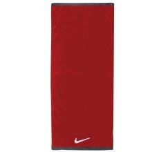 Nike Duschtuch Fundamental rot 120x60cm