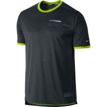 Nike Tshirt Relay Graphic UV schwarz Herren