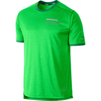 Nike Tshirt Relay Graphic UV grün Herren