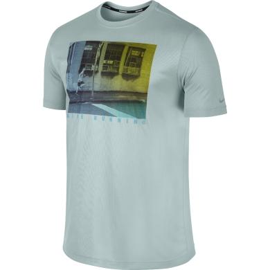 Nike Tshirt Challenger Graphic grau Herren