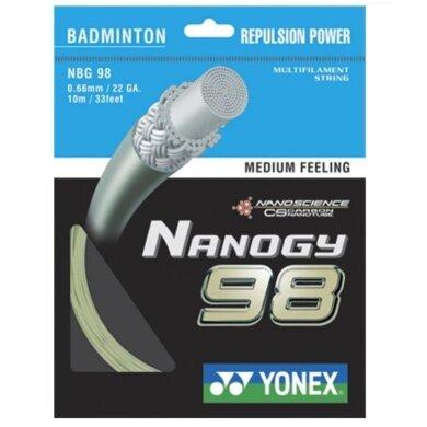 Besaitung mit Yonex Nanogy 98